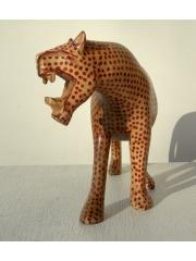 Африканская фигурка леопарда из твердой породы дерева