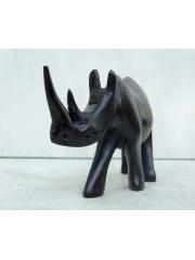 Статуэтка носорога из дерева. Сделана в Африке (Кения)