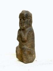 Каменный идол религии Bon