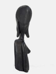 Статуэтка африканской женщины из дерева
