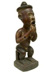 Фигура предка народности Bakongo с отверстиями для закладок