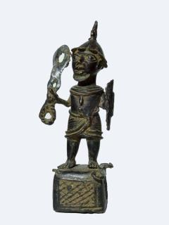 """Статуэтка """"Воин"""" [Бенин]"""