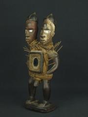Статуэтка фетиш Nkisi (Minkisi) с двумя головами