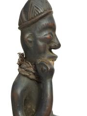 Фигура Нкиси с палочкой во рту
