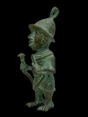 Бенинская бронза - статуэтка воина