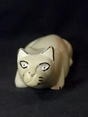 Фигурка лежащей кошки из натурального камня талькохлорит. Сделано в Кении 1683-1
