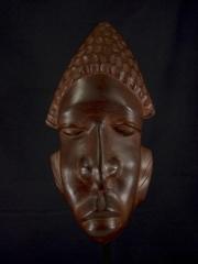 """Африканская маска из красного дерева """"Всегда готов"""""""