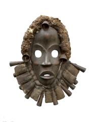 Африканская маска народности Dan