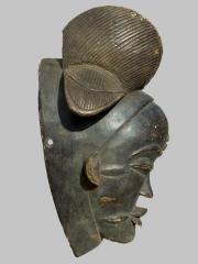 Африканская маска Punu с азиатским лицом, страна происхождения Габон