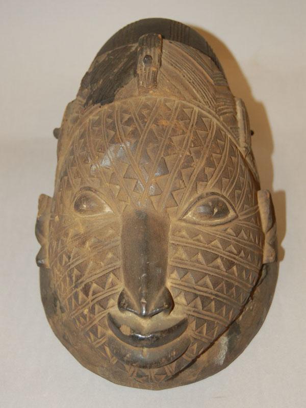 Маска Youruba Egungun из Британского музея