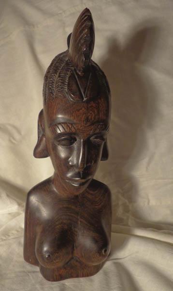 Коллекционная статуэтка женщины из дерева палисандр
