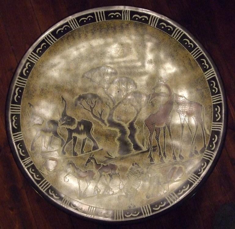 Африканская тарелка из натурального камня диаметром 36 см