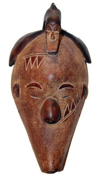 Лицевая маска. Народ: Фанг. Страны: Габон, Камерун, Экваториальная Гвинея. Сер. XX в. Дерево.