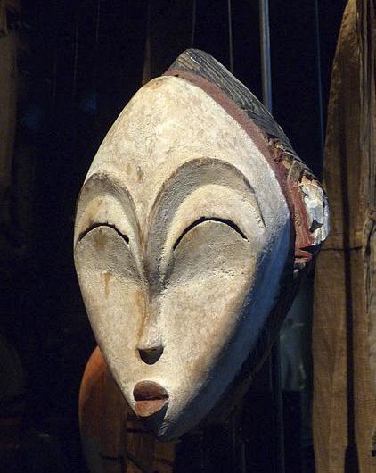 Африканская маска народности Punu, Габон