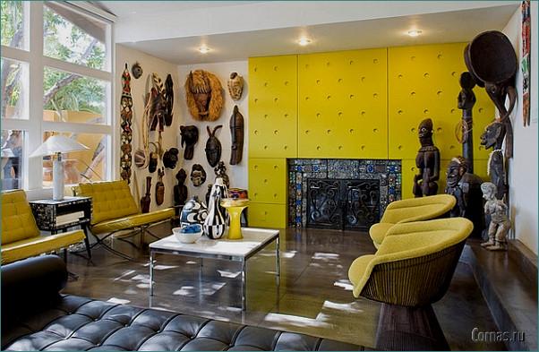 Африканская комната. Маски, статуэтки людей