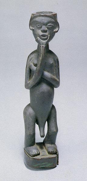 125. Мужская фигура. Заир, бабвенде. Дерево. Стокгольм, Этнографический музей
