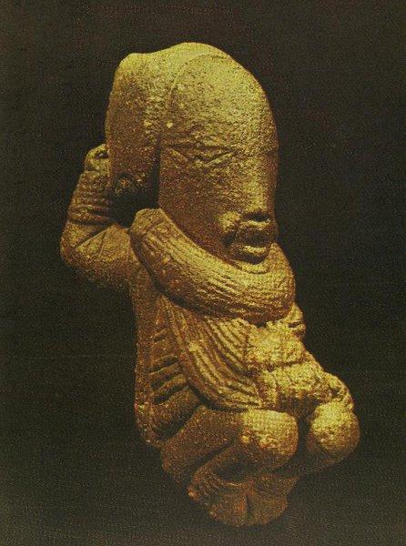 Статуэтка человека. Культура Нок. X в. до н.э. - III в. н.э. Терракота. Джое, Национальный музей