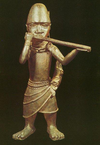 31. Трубач. Бенин. Нач. XVII в. Бронза. Лондон, Музей человека