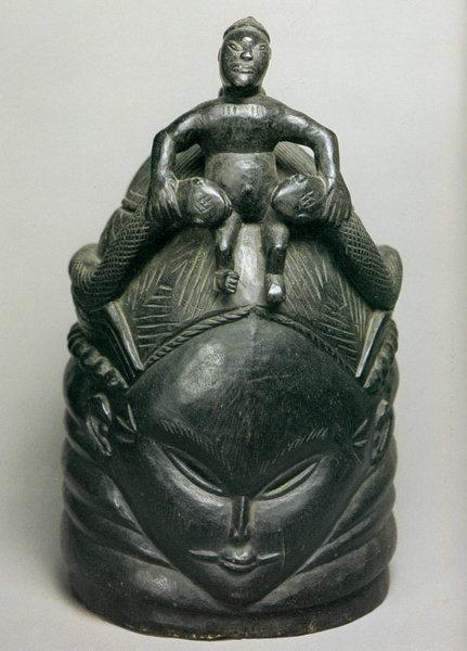 Африканская маска Бунду