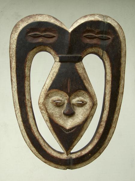 Африканская маска Kwele