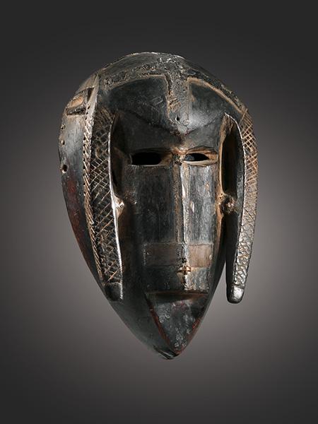 Маска народа Bambara, аукцион Сотбис