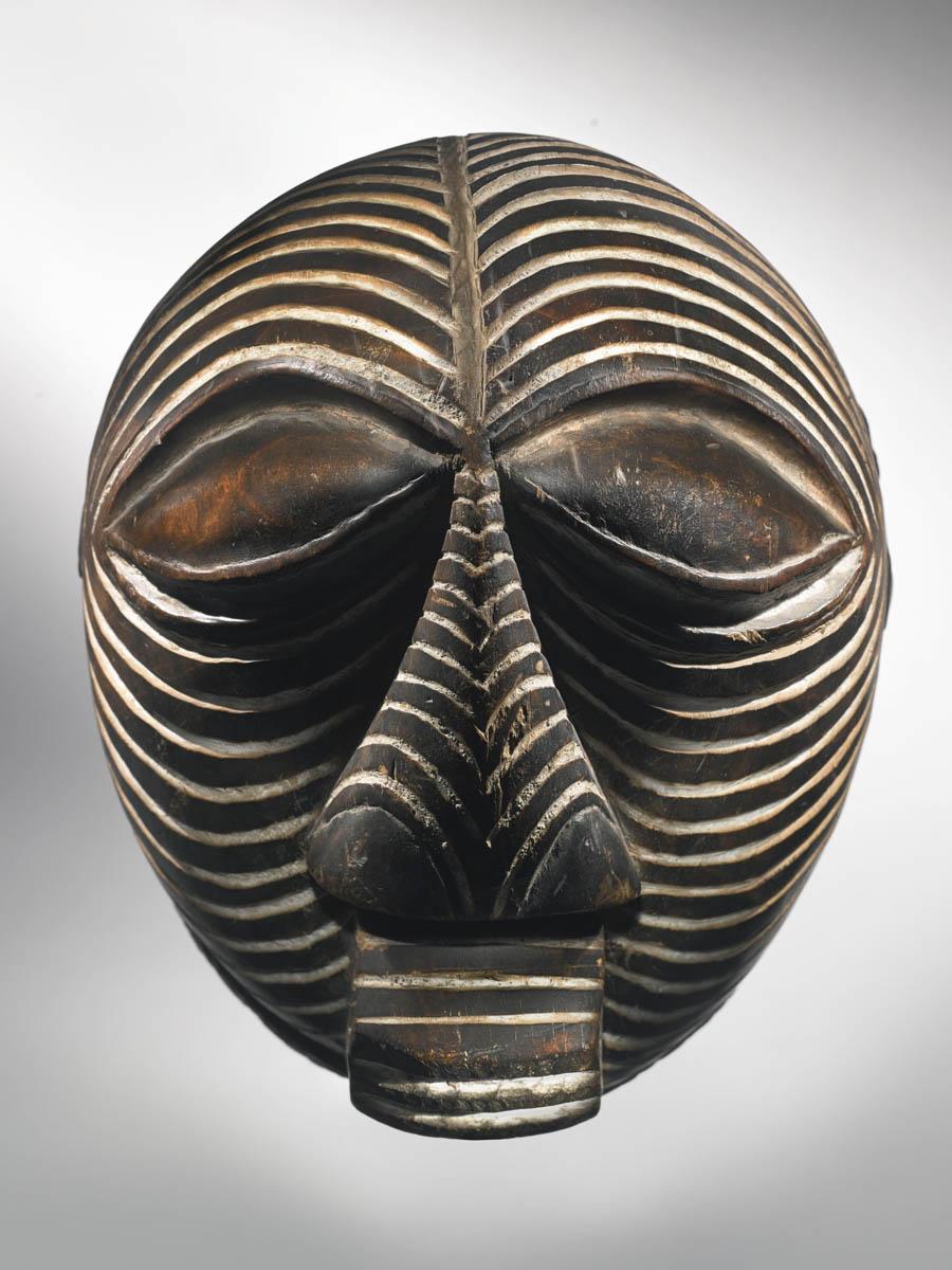 Круглая маска Kifwebe Songye