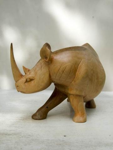 Купить фигурку носорога