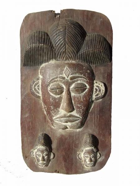 Деревянная панель панно Punu из Габона