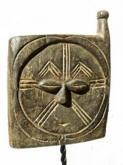 Окно народности Kwele (Габон) для духов