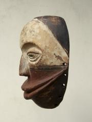 Маска общества So'o народности Hemba (Конго)