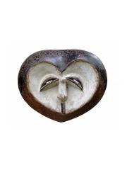 Классическая африканская маска в форме сердца Kwele