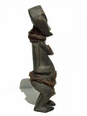Африканская аутентичная статуэтка народности Kwele (Габон)