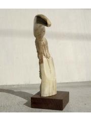 Статуэтка из кости кабана, девушка высотой 21 см