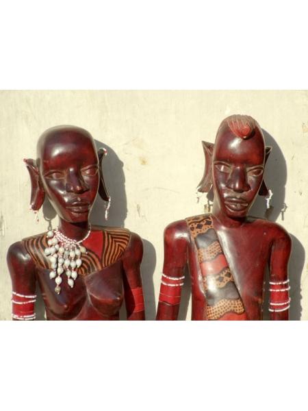 Фигурки людей африканцев племени масаи из дерева