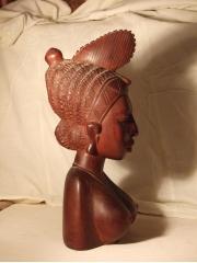 """Фигурка из красного для интерьера из Африки женщина - """"Вечная весна"""""""