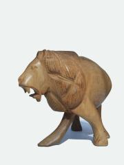 Африканская фигурка льва из дерева размером 22x15 см