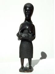 """Африканская статуэтка из эбенового дерева """"Мать и дитя"""". Высота 34 см."""