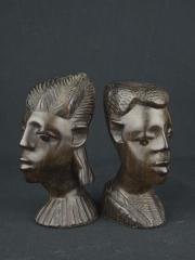 """Купить пару статуэток бюстов из эбенового дерева мужчины и женщины со схожими чертами лица """"Гармоничная пара"""""""