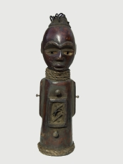 Ритуальная статуэтка-фетиш народности Yombe. Страна происхождения - Демократическая республика Конго.