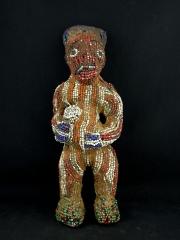 Фигура предка народности Bamileke из бисера