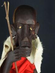 """Африканская статуэтка из дерева """"Масай и бисер"""""""