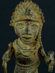 Бенинская бронза. Статуэтка воина. Высота 17 см