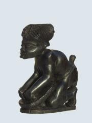 Купить африканскую статуэтку женщины из дерева