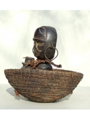 Ритуальная статуэтка народности Bateke