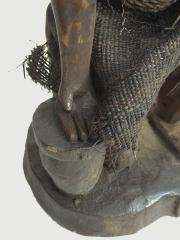 Ритуальная статуэтка народности Yombe. Страна происхождения - Демократическая республика Конго.