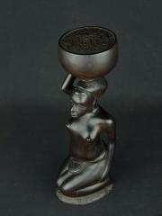 """Статуэтка африканской женщины из эбенового дерева """"Хозяюшка"""""""