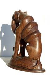 """Резная статуэтка из дерева """"Убить дракона"""""""