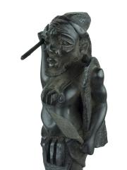 """Выразительная африканская статуэтка """"Охотник"""" из твердого дерева"""