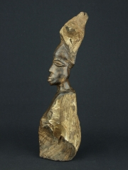 Красивая и оригинальная статуэтка африканской женщины из Зимбабве