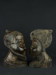 Бюсты мужчины и женщины из эбенового дерева